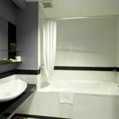 Отель Vista Residence Bangkok Бангкок ванная
