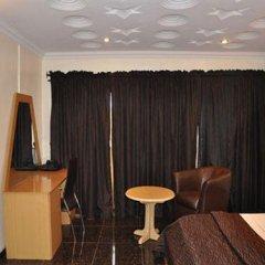 Solitude Hotel Yaba Лагос развлечения