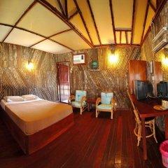 Отель Dragon Inn Floating Resort комната для гостей