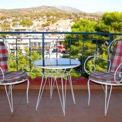 Отель Les Amis Греция, Вари-Вула-Вулиагмени - отзывы, цены и фото номеров - забронировать отель Les Amis онлайн балкон