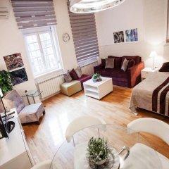 Апартаменты Studio Glam & Chic комната для гостей фото 3