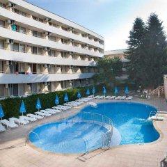Отель Oasis Балчик бассейн
