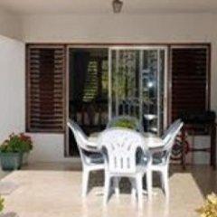 Отель Cindy Villa Ямайка, Ранавей-Бей - отзывы, цены и фото номеров - забронировать отель Cindy Villa онлайн балкон
