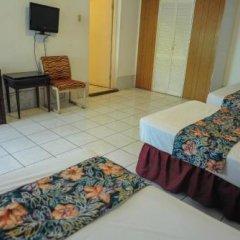 Отель Gloriana Hotel Ямайка, Монтего-Бей - отзывы, цены и фото номеров - забронировать отель Gloriana Hotel онлайн удобства в номере фото 2