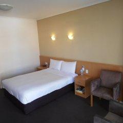 Отель Haven Marina сейф в номере