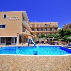 Magda Hotel бассейн