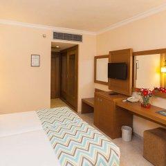 Iz Flower Side Beach Hotel All Inclusive Турция, Сиде - отзывы, цены и фото номеров - забронировать отель Iz Flower Side Beach Hotel All Inclusive онлайн удобства в номере фото 2