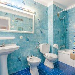 Отель Apartamentos Obrador ванная