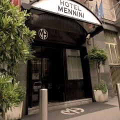 Отель MENNINI Милан вид на фасад