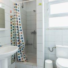 Отель Bright Loft in Hilton Area ванная