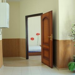 Апартаменты Luxury Apartments комната для гостей фото 3