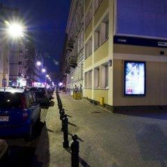 Отель Goodnight Warsaw парковка