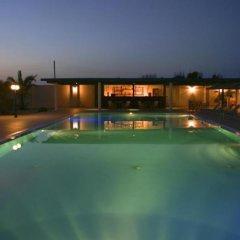 Hotel Blue Bay Villas бассейн фото 3