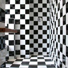 Отель Ultraviolet Studios ванная