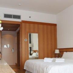 Отель Wyndham Rome Midas сейф в номере