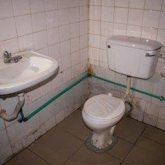 Отель Pinnacle Base Motel ванная фото 2