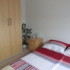 Апартаменты Apartments u Staropramenu комната для гостей