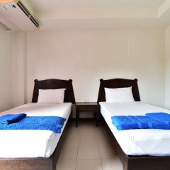 Отель J2 Mansion сейф в номере