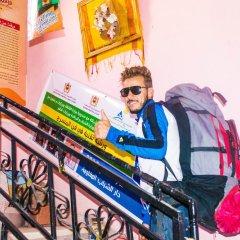 Отель Auberge De Jeunesse Ouarzazate - Hostel Марокко, Уарзазат - отзывы, цены и фото номеров - забронировать отель Auberge De Jeunesse Ouarzazate - Hostel онлайн спортивное сооружение