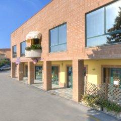 Отель Albergo Ristorante Da Tonino Италия, Реканати - отзывы, цены и фото номеров - забронировать отель Albergo Ristorante Da Tonino онлайн парковка