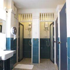 Arom D Hostel Бангкок ванная