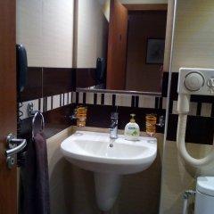 Отель Greek rooms in city centre ванная