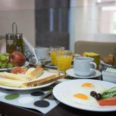 Отель Epidavros Hotel Греция, Афины - 7 отзывов об отеле, цены и фото номеров - забронировать отель Epidavros Hotel онлайн питание фото 3