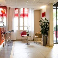 Отель Ibis Tour Montparnasse 15eme Париж интерьер отеля