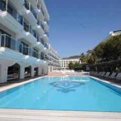 Emre Beach Hotel Турция, Мармарис - отзывы, цены и фото номеров - забронировать отель Emre Beach Hotel онлайн бассейн фото 3