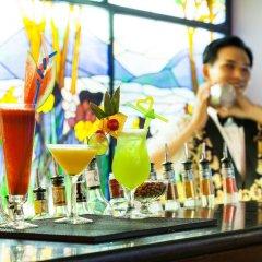 Hotel Majestic Saigon бассейн фото 2