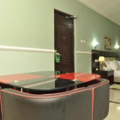 Randekhi Royal Hotel - Gold Wing в номере