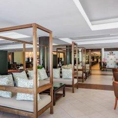 Отель Duangjitt Resort, Phuket интерьер отеля фото 3