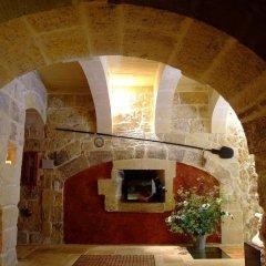 Отель Il Forn Accommodation Мальта, Зеббудж - отзывы, цены и фото номеров - забронировать отель Il Forn Accommodation онлайн интерьер отеля