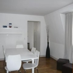 Отель Bridgestreet Champs Elysees комната для гостей фото 2