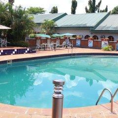 Отель Jacaranda Suites Нигерия, Калабар - отзывы, цены и фото номеров - забронировать отель Jacaranda Suites онлайн бассейн