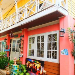 Отель Baan Romruen Homestay Таиланд, Ко-Лан - отзывы, цены и фото номеров - забронировать отель Baan Romruen Homestay онлайн вид на фасад