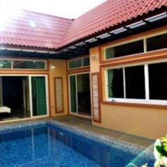Отель Andaman Villa бассейн