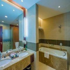 Гостиница Пекин Палас Soluxe Astana Казахстан, Нур-Султан - 4 отзыва об отеле, цены и фото номеров - забронировать гостиницу Пекин Палас Soluxe Astana онлайн ванная фото 2