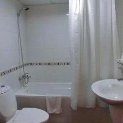 Al Muraqabat Plaza Hotel Apartments ванная фото 2