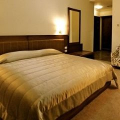 Отель Boutique Hotel Kotoni Албания, Тирана - отзывы, цены и фото номеров - забронировать отель Boutique Hotel Kotoni онлайн сейф в номере