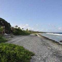 Отель Le Crusoe Французская Полинезия, Бора-Бора - отзывы, цены и фото номеров - забронировать отель Le Crusoe онлайн пляж фото 9