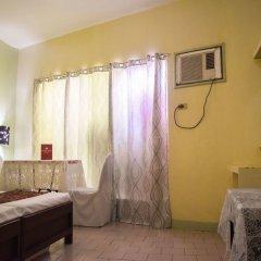 Отель Ponce Suites Gallery Hotel Филиппины, Давао - отзывы, цены и фото номеров - забронировать отель Ponce Suites Gallery Hotel онлайн удобства в номере фото 2