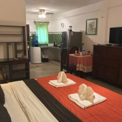 Апартаменты Studio for 4 people 1 room very close to 5th Avenue удобства в номере