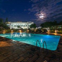 Hotel Shanker бассейн