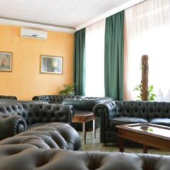 Отель Albergo Leonardo Кьянчиано Терме гостиничный бар