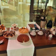 Отель Raw Culture Arts & Lofts Bairro Alto питание