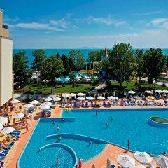 Отель Sol Nessebar Mare Hotel - Все включено Болгария, Несебр - 8 отзывов об отеле, цены и фото номеров - забронировать отель Sol Nessebar Mare Hotel - Все включено онлайн бассейн
