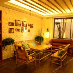 Отель Guilin Recollection Inn интерьер отеля
