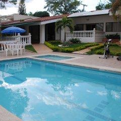 Апарт-Отель Jardin del Lago бассейн