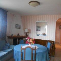 Отель Il Vascello Кастель-Сан-Пьетро-Романо комната для гостей фото 3